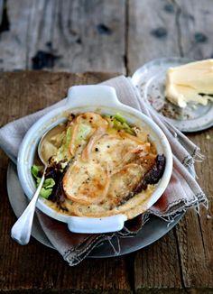 Valdostaanse wintersoep met gegratineerde kaas uit de oven - Weekendlunch Janneke Philippi