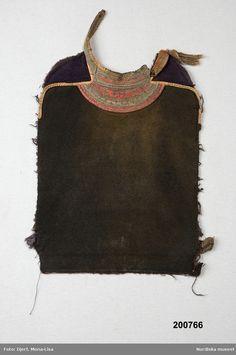Bröstlapp @ DigitaltMuseum.se