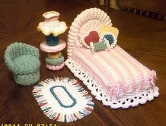 Irresistible Crochet a Doll Ideas. Radiant Crochet a Doll Ideas. Cute Crochet, Crochet Crafts, Crochet Baby, Crochet Projects, Crochet House, Crochet Furniture, Doll Furniture, Dollhouse Furniture, Furniture Ideas