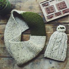 #hat #cowl #knittedhat #knittedcowl #green #oatmeal #knitstagram #knitpro #knitting #knittingaddict #knittersofinstagram #knitting_inspiration #handknitting #instaknit #handmade #handknit #stitches #knitfashion #wool #welovewool #handmade #etsy #madeinmoldova #knitwearlove  #beaniehat #unisexhat #ribbedhat #slouchybeanie #christmassale #christmasgift #sale #winter #winterwear #winteraccessories #winterfashion #knittedwear #knittedclothes #knittedwear #snowldesigns #snowlco #snowlco