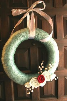 Pretty wreath.