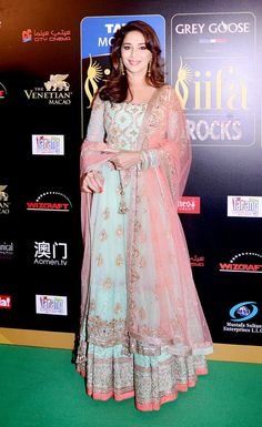 Madhuri Dixit at the IIFA green carpet #Bollywood #Fashion