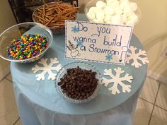 DIY build a snowman table Disney Frozen Party Disney Frozen Party, Frozen Themed Birthday Party, 6th Birthday Parties, Birthday Fun, Birthday Ideas, Disney Themed Party, Frozen Party Favors, Elsa Birthday, Third Birthday