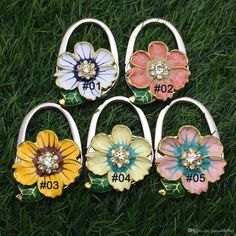 Honey Ladies Butterfly Pattern Folding Handbag Purse Hanger Hook For Table Bathroom Hardware