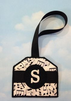 Boutique Luggage ID Tag Identification Music Notes by Thatsafunny Tag Luggage, Machine Embroidery Patterns, Id Tag, Music Notes, Travel Accessories, Totes, Applique, Quilting, Boutique