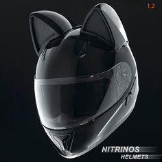 Neko-Helmet – Des casques de moto adorables avec des oreilles de chat (image)