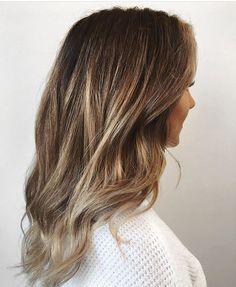 "562 Likes, 2 Comments - Mane Interest (@maneinterest) on Instagram: ""Fresh lights. Color by @ashleyjoyhair  #hair #hairenvy #hairstyles #haircolor #brunette #balayage…"""