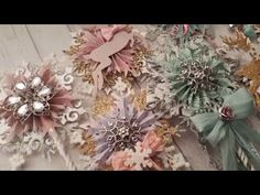 Really inspiring shabby chic decor tips and brilliant cool pattern. Please Push this post makeover id 3443262685 immediately now. Shabby Chic Kitchen, Shabby Chic Homes, Shabby Chic Style, Shabby Chic Decor, Shabby Chic Christmas, Pink Christmas, Christmas Crafts, Shabby Chic Embellishments, Paper Rosettes