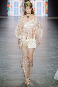 Gigi Hadid Anna Sui New York Spring/Summer 2017 Ready-To-Wear Collection | British Vogue