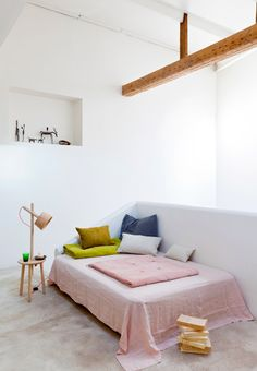 Colorful day bed