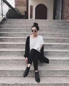 """153 Likes, 2 Comments - Lindsey Louie (@lindseyalouie) on Instagram: """"Black + white"""""""