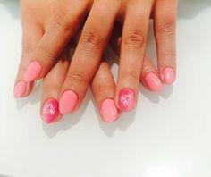 #pink#nails#ombrenails#nailstagram#nailswag#pinknails#gelnails#diamonds #katowice by opimania_salon
