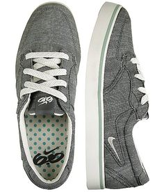 Nike Braata Shoe