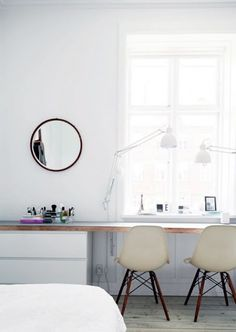 Do you want too have home office with rustic style looks modern? Here our team provide rustic farmhouse home office design ideas for you. Workspace Inspiration, Interior Inspiration, Sweet Home, Bedroom Workspace, Home Office Design, Office Designs, Office Ideas, Scandinavian Home, My New Room
