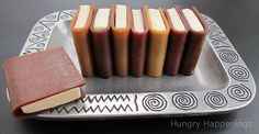 Hungry Happenings: How to create school books using corn syrup free modeling chocolate and fruit leather. I didn't know you could make modeling chocolate without corn syrup Yummy Treats, Sweet Treats, School Treats, School Lunches, Modeling Chocolate, Best Fruits, So Little Time, Cupcake Cakes, Book Cupcakes