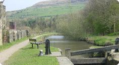 Canal and river network Huddersfield Yorkshire, Narrowboat, West Yorkshire, Days Out, Homeland, Countryside, Around The Worlds, England, Country Roads