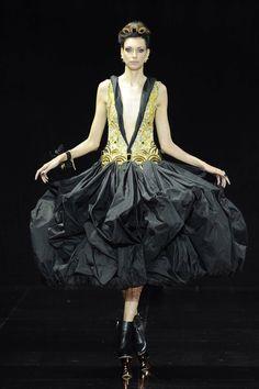 Guo Pei - Fall 2016 Couture