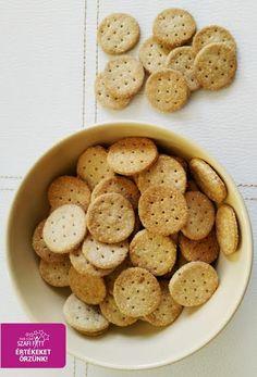 Sós PALEO és VEGÁN keksz vagy kréker recept                     Hozzávalók (80 db mini keksz):    100 g Szafi Reform sütőliszt (Szafi Reform sütőliszt ITT!)   20 g SzafiReform szénhidrát-csökkentett termékekhez gluténmentesrostkeverék-> RÉGI NEVÉN: Szafi Fitt -CH szén