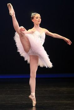 Claudia Dean, Royal Ballet