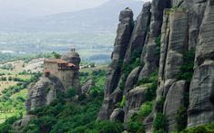 Tour of Meteora 12 hours - Guided Tours & excursions ~ Interesting, unique historic, adventurous, archaeological and religious tours in Thessaloniki and Northern Greece! Greece Today, Greek Islands Vacation, Turkey Places, Egypt Travel, Turkey Travel, 14th Century, Italy Travel, Travel Europe, Greece Travel