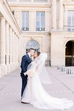 Beautiful Elopement in Paris Happy Pictures, Eiffel, Paris Photos, Wedding Anniversary, Love Story, Louvre, Photoshoot, 1 Month, Wedding Dresses