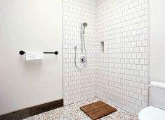 Walk in Shower Designs (Ultimate Guide) - Designing Idea Tile Walk In Shower, Bathroom Tub Shower, White Bathroom Tiles, Walk In Shower Designs, Master Shower, Diy Shower, Bathroom Designs, Shower Remodel Cost, Fiberglass Shower