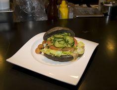 https://flic.kr/p/pPQ8xY | 복어 버거 : Puffer fish burger | 색다른 소재로 잘 버무린 맛
