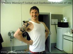 Think you've seen the best Tom Hardy Myspace photos? Think again Beautiful Lips, Most Beautiful Man, Mad Max Mel Gibson, Tom Hardy Haircut, Tom Hardy Actor, Tom Tom Club, Tom Hardy Photos, Wtf Face, Good Looking Men