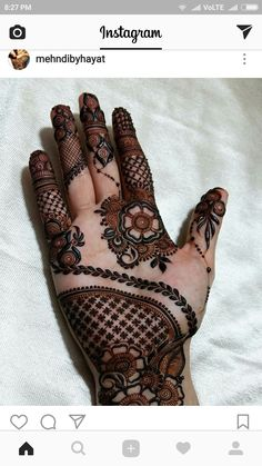 Great henna design ♥️ this Indian Mehndi Designs, Mehndi Designs For Girls, Stylish Mehndi Designs, Wedding Mehndi Designs, Mehndi Designs For Fingers, Mehndi Design Pictures, Beautiful Mehndi Design, Latest Mehndi Designs, Mehndi Images