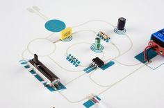 Speaker with amplifier / model of principle, un proyecto de Coralie Gourguechon.