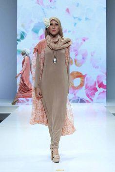 Runway | Fashion Weeks |Modest Fashion Shows | Islamic Fashion Shows - Sweet Modesty