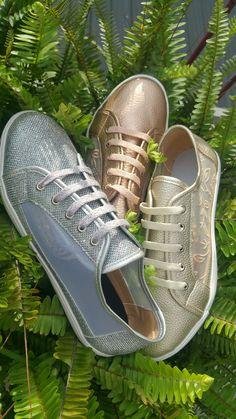 1e0a01c7d Zapatillas con laterales translucidos que las hacen super frescas y  delicadas! Fabricamos hasta el talle