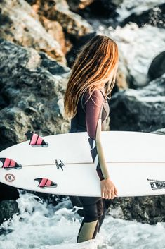 Love that surf hair look but don't surf every day? Even if you're a regular surfer it's nice to have some product to put in your hair to give it some body and Kitesurfing, Billabong, Style Surfer, Char A Voile, Surf Hair, Beach Hair, Beach Bum, Sup Yoga, Sup Surf