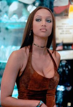 Zoe (Tyra Banks) ~ Coyote Ugly (2000) - Movie Stills