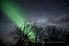Northern Lights aurora and Milky Way over the Upper Peninsula of Michigan | LakeSuperiorPhoto.com