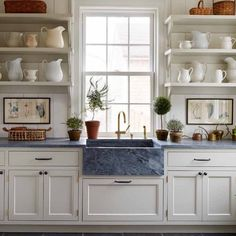 Jess Lavers Design (@jesslavers) • Instagram photos and videos Kitchen Flooring, Kitchen Cabinets, English Country Kitchens, Country Life Magazine, Classic White Kitchen, Flower Room, Architectural Digest, Kitchen Remodel, Kitchen Design