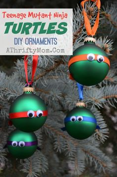 Billede fra http://1pa6q42ounl23kigam363hm3.wpengine.netdna-cdn.com/wp-content/uploads//2014/11/Teenage-mutant-ninja-turtles-ornaments-DIY-Christmas-Ornaments-Easy-Low-cost-Christmas-Crafts-for-kids-Party-Ideas-Party-Crafts-TMNT-3.jpg.