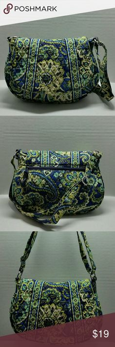 Vera Bradley Crossbody Bag 100 % Authentic  Item has been used / Normal Wear  Comes as seen in pictures   * Serious Buyers Only   * * CHECK OUT ALL THE OTHER ITEMS I HAVE FOR SALE Vera Bradley Bags Crossbody Bags