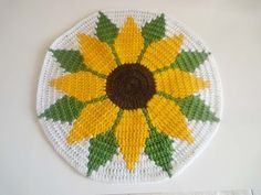 Crochet up these fun swirly placemats. Mikey will show you how to get started and take you through the tutorial so you can enjoy your new coaster. Get the fr...