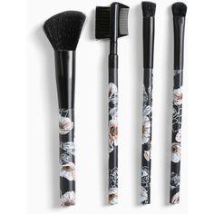 Torrid Makeup Brush Set (£15) ❤ liked on Polyvore featuring beauty products, makeup, makeup tools, makeup brushes, beauty, filler, makeup brush, shadow brush, makeup powder brush and powder brush
