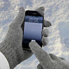 IPHONE GLOVES  TOUCHSCREEN HANDSCHUHE    Was sind TOUCHSCREEN HANDSCHUHE?     Mit diesen innovativen Touchscreen Handschuhen kannst du auch im Wi