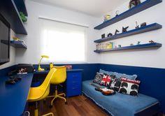 O quarto de adolescente é o vilão na hora da faxina. Conheça as dicas de organização e decoração para quartos de adolescentes e inspire-se.
