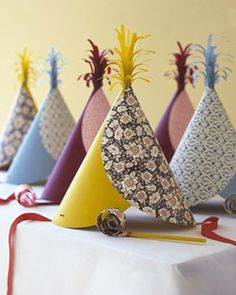 This DIY tutorial for party hats from Martha Stewart is a great idea to create fun party favors! The paper can be easily coordinated with the party theme! Diy Birthday Party Hats, Diy Party Hats, Kid Party Favors, Craft Party, Birthday Celebration, Party Blowers, Elmo Birthday, Dinosaur Birthday, Happy Birthday