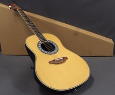 Ovation 1627VL-4 Vintage Lyrachord Shallow Bowl Acoustic-Electric Guitar