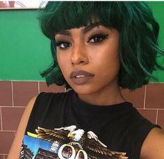 Black girl nude lip & dyed green hair :Thatsmarsb☽ ☼☾Instagram:chaneliconic