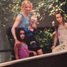 """Laura Marano via Twitter: """"Happy birthday to my beautiful and lovely mother...also, we definitely need to try to recreate this photo"""" throwback photo of Laura with her mother and sister Vanessa"""
