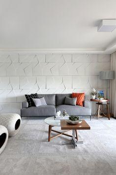 Bianchi & Lima | Living Room Inspiration. Modern Sofas. Grey Sofa. #modernsofas #homedecor #livingroom Find more inspiration at: modernsofas.eu