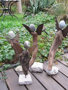 42 awesome diy garden art design ideas for your yard landscaping 1 Driftwood Projects, Driftwood Art, Garden Crafts, Garden Projects, Garden Ideas, Yard Art, Angels Garden, Angel Crafts, Christmas Angels