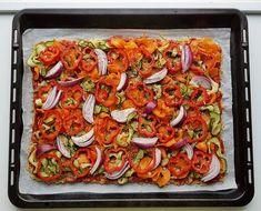 Gluteeniton kvinoa-kasvispiirakka | Himoleipuri 200 Calories, Ratatouille, Vegetable Pizza, Vegetables, Cooking, Ethnic Recipes, Kitchen, Food, Kitchens