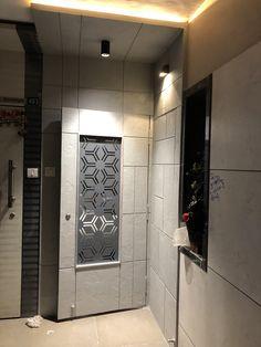 Best safety door design for flats 29 Ideas Main Entrance Door Design, Door Gate Design, Door Design Interior, Wooden Door Design, Entrance Decor, Front Door Design, Wooden Doors, Interior Ideas, Corner Sofa Design